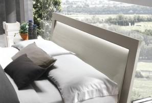 Итальянская деревянная кровать KRYZIA