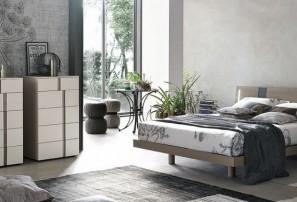 Итальянская деревянная кровать TABLET